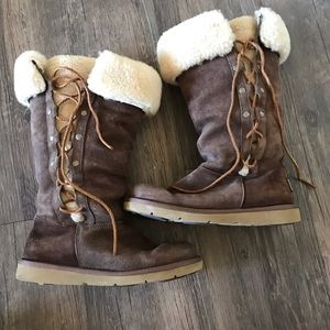 UGG brown lace up boots size 6